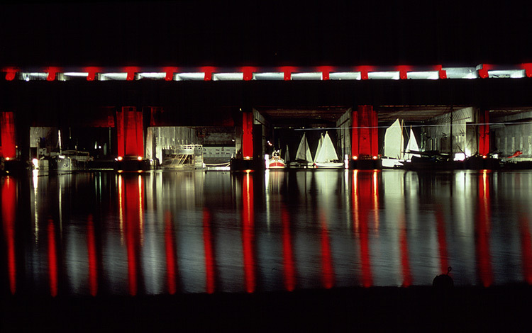 Bordeaux-Base-sous-marine-Conception-lumiere-Jean-de-Giacinto-Photo-Vincent-Laganier